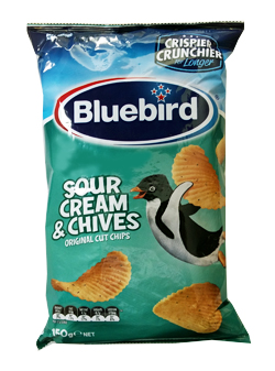 Bluebird Sour Cream & Chives Chips (150g)